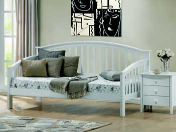 Joseph Polo Day Bed - Day Bed in Polo White by Joseph